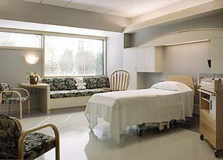 Southwest Washington Medical Center in Vancouver birthing suite