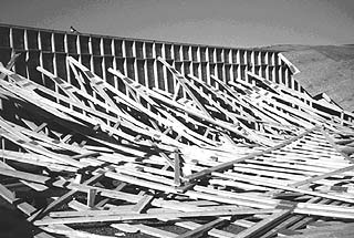 Unbraced roof trusses